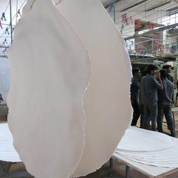 White round Extra large